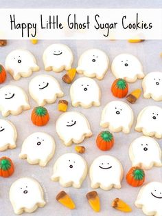 Happy Little Ghost Sugar Cookies bite-sized deliciously cute decorated sugar cookies that just scream sweetness with their happy little faces; youll be in the Halloween spirit with these ghoulish cutouts! Halloween Desserts, Halloween Cupcakes, Bolo Halloween, Halloween Cookie Recipes, Halloween Cookies Decorated, Halloween Sugar Cookies, Spirit Halloween, Spooky Halloween, Halloween Treats