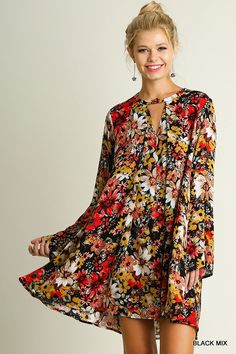 Trendy Dresses at Kelly Brett Boutique: Go From Daytime to Evening with Ease. From sweet sundresses to lace-detailed maxi dresses, the carefully selected dresses at Kelly Brett Boutique are designed to go everywhere you do! Trendy Dresses, Fall Dresses, Cute Dresses, Casual Dresses, Fall Floral Dress, Boho Dress, Bohemian Dresses, Floral Tunic, Bell Sleeve Dress