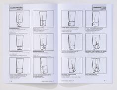 Sie finden 262 Skizzen bzw. Zeichnungen zu folgenden Produktgruppen und Bekleidungselementen:  Ausschnitte, Kragen, Oberteile, Tops, Blusen, Ärmel, Manschetten, Kurzarm-Variationen, Kleider, Taschen, Hosen, Röcke, Kleider, Mäntel, Jacken, Sakkos, Blazer, Rocklängen- und Hosenlängenübersicht.  Anpassungen von Musterungen, z.B. von Streifen und Karos, werden ebenfalls anschaulich und übersichtlich in dem Schnittformen-Lexikon dargestellt.