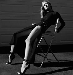 Vogue Germany March 2015 Anna Ewers By Daniel Jackson Fashion Editor: Julia von Hair Stylist: Esther Langham. Anna Ewers by Daniel Jackson for Vogue Germany March 2015 Daniel Jackson, Anna Ewers, White Fashion, Look Fashion, Womens Fashion, Yin Yang, Fashion Gone Rouge, Garance, Mode Editorials