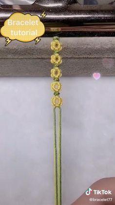 TikTok for Developers Diy Friendship Bracelets Tutorial, Diy Friendship Bracelets Patterns, Diy Bracelets Easy, Bracelet Crafts, Bracelet Tutorial, Jewelry Crafts, Macrame Bracelet Patterns, Diy Crafts Hacks, Cute Crafts