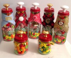 Candies in  Starbuck coffee bottles and babys jar Starbucks Glass Bottle Crafts, Starbucks Bottles, Xmas Ideas, Holiday Ideas, Creamer Bottles, Crafts To Make, Diy Crafts, Baby Food Jars, Christmas Mason Jars
