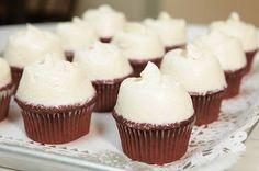 マグノリアベーカリーで赤いココアの「レッドベルベットカップケーキ」発売