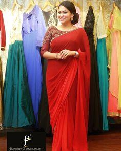 Satin Saree, Chiffon Saree, Saree Dress, Red Saree, Dress Skirt, Saree Blouse Patterns, Designer Blouse Patterns, Saree Blouse Designs, Indian Beauty Saree