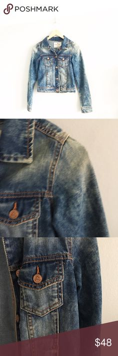 """ZARA Distressed Light Wash Denim Jacket Gently pre-loved with no rips or stains. Please see all pictures for an accurate description of condition. 100% cotton. Chest: 34"""". Length: 19"""". Zara Jackets & Coats Jean Jackets"""