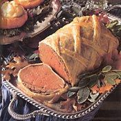 Pate-and-Pastry-Covered Beef Wellington with Stuffed Baby Pumpkins - Main Course Recipe Pumpkin Moon, Baby In Pumpkin, English Food, English Recipes, Aloo Pie, Bordelaise Sauce, Cornish Pasties, Vol Au Vent, Choux Pastry