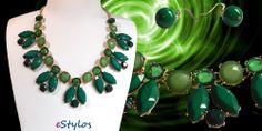El verde de la esperanza, es lo único de ese color, que a la inmadurez desplaza, dentro del árbol del amor. www.estylos.es