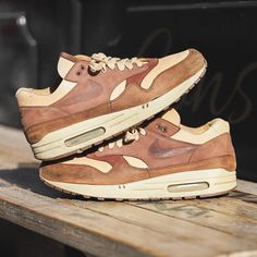 """b5fe6a28dc5 Should Nike release these or not  👥 By  prime030 📸 By  nikkivantoorn 🔥  Click the link in our bio to shop. 🏳 Make sure…"""" Air Max OneShoe ..."""