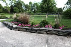 No contractor or mortar needed to build a fieldstone garden wall. Step-by-step-photo tutorial will show you how. See how easy it is Landscaping Around House, Landscaping With Rocks, Backyard Landscaping, Landscaping Ideas, Stone Landscaping, Backyard Ideas, Rock Garden Plants, Garden Stones, Lawn And Garden