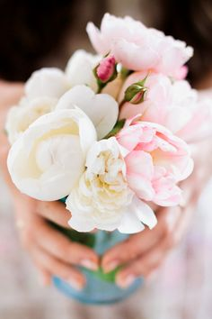 Summer Bridal Flower Bouquet! White and Pink Peonies!  cpbride.com/blog