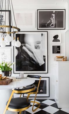Affordable Large Scale Art & How To Get It In Your Home - Emily Henderson Diy Ikea Hacks, Living Room Small, Living Spaces, Diy Home Decor For Apartments, Apartment Ideas, London Apartment, Studio Apartment, Apartment Therapy, Checkered Floors