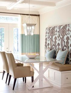 Love this Kitchen banquette seating area! Next house banquette seating! Kitchen Breakfast Nooks, Kitchen Nook, Kitchen Dining, Nice Breakfast, Kitchen Ideas, Eat In Kitchen, Taupe Kitchen, Kitchen Colors, Design Kitchen