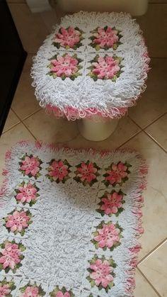 Jogo de banheiro 2 peças branco e rosa