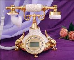 High tech old phone, love! Vintage Phones, Vintage Telephone, Antique Phone, Moose Antlers, Old Phone, Everything Pink, French Antiques, Favorite Color, Shabby