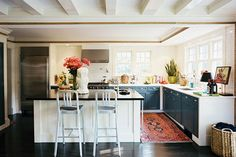 Go Maximalist - 15 Reasons Why You Need A Persian Rug In Your Kitchen - Photos