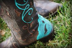 chores and chandeliers : painted cowboy boots