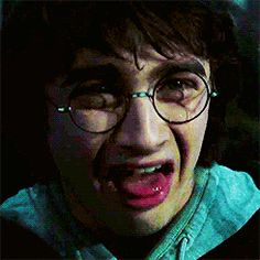 Discover & share this Harry Potter GIF with everyone you know. GIPHY is how you search, share, discover, and create GIFs. Harry Potter Curses, Mundo Harry Potter, Harry Potter Icons, Harry Potter Tumblr, Harry James Potter, Harry Potter Pictures, Harry Potter Cast, Harry Potter Fan Art, Harry Potter Fandom