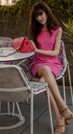 Don't know how to dress for a #summer #brunch or #coffeedate Here's one #outfitidea that's just perfect for any day date in #summer2020 And yes, this #pink #aesthetic is #instyle this year. See more on Brunette from Wall Street