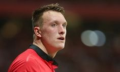 Manchester United's Phil Jones fights his way back after blood clot fear - http://footballersfanpage.co.uk/manchester-uniteds-phil-jones-fights-his-way-back-after-blood-clot-fear/