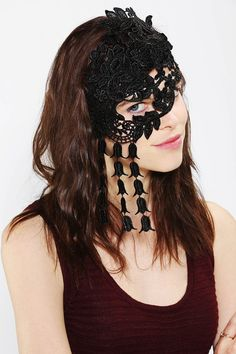 Katie Burley Millinery Mystere Lace Mask