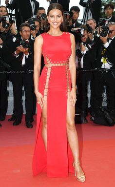 Alessandra Ambrosio Brings the Glamour in a Beautiful Beaded Gown - and More Must-See Photos from Cannes! Bradley Cooper, Versace Gown, Versace Heels, Haute Couture Gowns, Beaded Gown, White Gowns, Russian Models, Irina Shayk, Alessandra Ambrosio