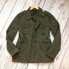 BARNEYS NEW YORK Jacket Army Green Canvas Twill Military SZ 42 / L Current $425…