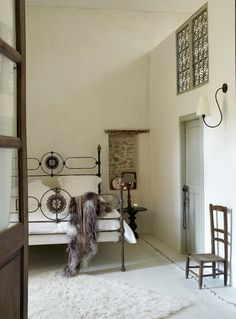 Holiday House in the Languedoc - Remodelista Antique Iron Beds, Simple Bed, Vacation Home Rentals, House Rentals, Boutique Homes, Diy Bed, Marble Countertops, Cool House Designs, Beautiful Bedrooms