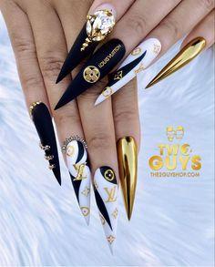 Make Nails Grow, Grow Nails Faster, Stiletto Nail Art, Acrylic Nails, Without Makeup, Keep It Classy, Nail Pro, Nail Tutorials, Halloween Nails