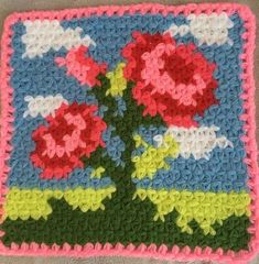 This Pin was discovered by Imr Crochet Mandala, Diy Crochet, Crochet Flowers, Crochet Potholder Patterns, Square Patterns, Baby Winter, Baby Kind, Free Pattern, Diy And Crafts