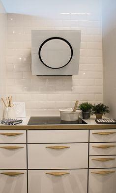 Keittiössä voi olla väriä @asuntomessublogit