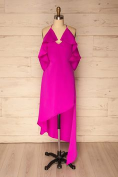 Spineta Magenta from Boutique 1861 Magenta, Ruffles, Online Fashion Boutique, Ruffle Sleeve, Simple Style, High Low, Cold Shoulder Dress, Outfits, Gorgeous Dress