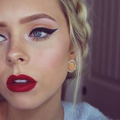 @cosmobyhaley looking classically gorgeous with a feline flicked eye and a deep red matte lip, using Chisel Liner and Liquid Velvet liquid lipstick in 'Diva' #Ciate #Ciatelondon #PrettyFunFearless #MUA #bbloggers