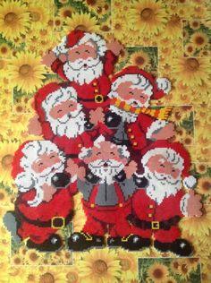 Christmas Santas hama perler beads by cathy077