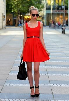 Red dress with black accessories Cute Red Dresses, Heart Cut Out, Celine Handbags, Vogue, Holiday Fashion, Unique Fashion, What To Wear, Style Inspiration, Shopping