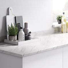 Berberis Super matt Titan grey Laminate & particle board Square edge Kitchen Breakfast bar Worktop, - B&Q for all your home and garden supplies and advice on all the latest DIY trends Breakfast Bar Worktop, Breakfast Bar Kitchen, Grey Laminate, Kitchen Worktop, Marble Effect, Square, White Glitter, Work Tops, Interiors