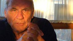 - Doctorul german Ryke HAMER (foto) a tratat cu succes peste 31.000 de pacienti doar stand de vorba cu ei. Nu facea nimic magic, in afara faptului ca le explica logic si rational despre stransa legatura dintre starea mentala si boala. El sustine ca fiecare om s-a imbolnavit din cauza unui program m