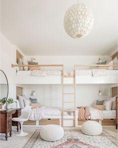 Bedroom Corner, Home Bedroom, Girls Bedroom, Bedroom Decor, Bunk Beds For Girls Room, Bedrooms, Bunk Beds Built In, Corner Bunk Beds, Bunk Rooms