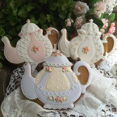 Delicate, fanciful teapot cookies by Teri Pringle Wood