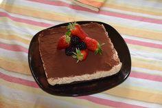 Cheesecake al caramello e frutta fresca