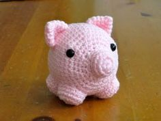 My little Pig (large images) - pattern included - CROCHET @Ally Squires Squires Squires Squires Tarwater