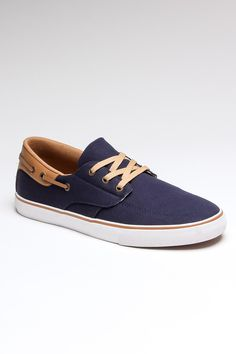 Love these because my poblem with boat shoes is regularly the sole.    Gilligan VLC / by Radii