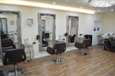 Upper salon VIP room