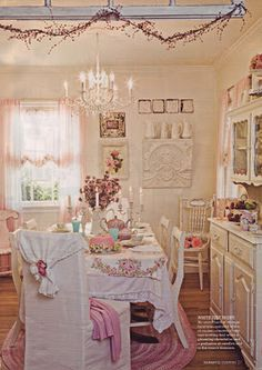 the romantic cottage... Cottage Shabby Chic, Style Cottage, Shabby Chic Dining Room, Shabby Chic Pink, Romantic Cottage, Shabby Chic Kitchen, Shabby Chic Homes, Shabby Chic Style, Shabby Chic Decor