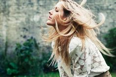 Ellie Goulding <3 I just love this photo