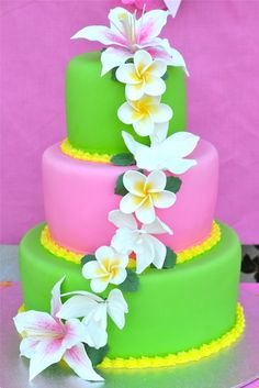 Hawaiian party.... Sarah says to use these flowers on her topsy turvy sweet 16 hawaiian cake