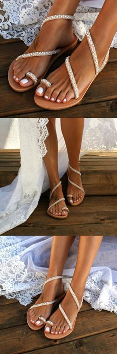 Frauen-Sommer-handgemachte Flipflops-Strand-Sandalen – Sommer-Mode-Ideen – The World Beach Wedding Sandals, Beach Sandals, Wedding Shoes, Dream Wedding, Summer Wedding, Bridal Sandals, Flat Sandals, Gold Sandals, Leather Sandals