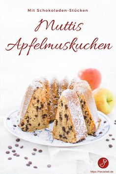 Kuchen Rezepte, Apfel Rezepte: Saftiger, schneller und einfacher Apfelkuchen mit… Cake Recipes, Apple Recipes: Juicy, quick and easy apple pie with applesauce and chocolate pieces. World Recipes, Chef Recipes, Sauce Recipes, Apple Pie Recipes, Sweet Recipes, Applesauce Cake Recipe, Amazing Food Photography, Gateaux Cake, Sweet Bakery