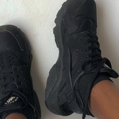"""Mmakoma on Instagram: """"i need to wash these :/"""" All Black Sneakers, Sneakers Nike, Huaraches, Nike Huarache, Shoes, Instagram, Fashion, Nike Tennis, All Black Running Shoes"""