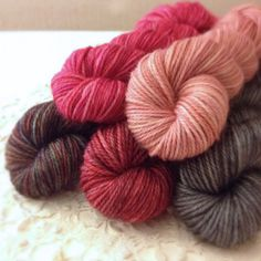 New limited edition mini skeins hand dyed by Phydeaux:  80 yards per skein, five skeins, total 400 yards.  In super soft and silky superwash merino, cashmere, nylon.  Click through the photo for more details!  :)
