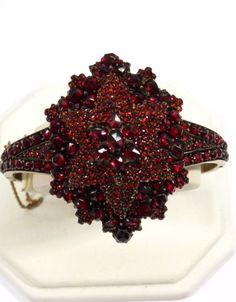 Bohemian Garnet Ring